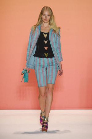 Показ Nicole Miller коллекции сезона Весна-лето 2012 года prêt-à-porter - www.elle.ru - Подиум - фото 292815