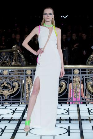 Показ Atelier Versace коллекции сезона Весна-лето 2013 года haute couture - www.elle.ru - Подиум - фото 476987