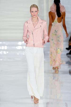 Показ Ralph Lauren коллекции сезона Весна-лето 2012 года prêt-à-porter - www.elle.ru - Подиум - фото 297434