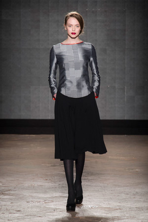 Показ New upcoming designers коллекции сезона Осень-зима 2014-2015 года prêt-à-porter - www.elle.ru - Подиум - фото 581356
