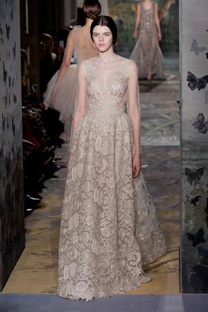 Показ Valentino коллекции сезона Весна-лето 2014 года Haute couture - www.elle.ru - Подиум - фото 575257