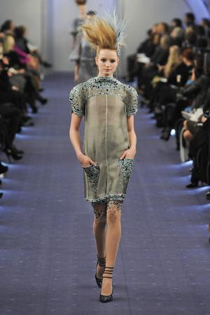Показ  коллекции сезона Весна-лето 2012 года haute couture - www.elle.ru - Подиум - фото 331331