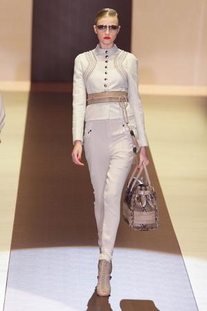 Показ Gucci коллекции сезона Весна-лето 2011 года Prêt-à-porter - www.elle.ru - Подиум - фото 181782