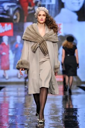 Показ Elena Miro коллекции сезона Осень-зима 2011-2012 года Prêt-à-porter - www.elle.ru - Подиум - фото 242541